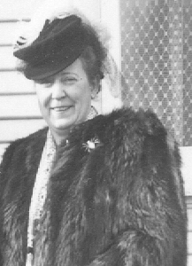 Margaret Thelma <i>Young</i> Killey