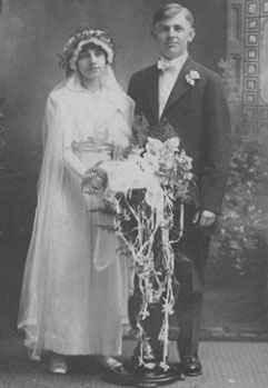 Mary Adelaide Mae <i>Hanslik</i> Moenich
