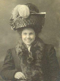 Gertrude Quinetta <i>Wilcox</i> Davis
