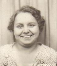 Emma Anna <i>Knoblauch</i> Samsal