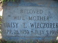 Daisy T. Dee Wieczorek