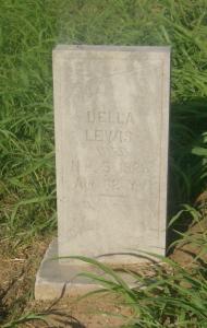 Della Lewis