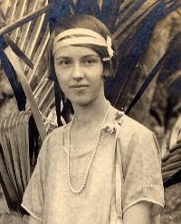 Vera Emma <i>Redmer</i> Hays