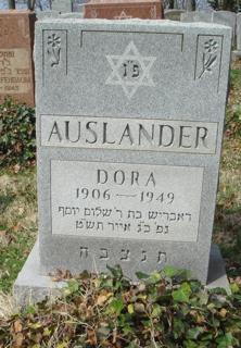 Dora Auslander