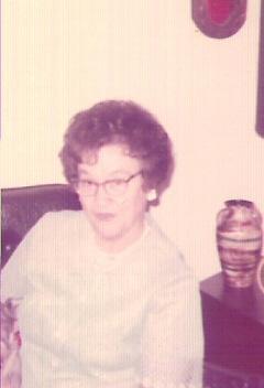 Lorraine <i>McPhail</i> Dean