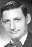 Robert E Papineau, Sr