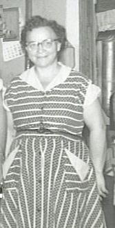 Anna Mae <i>Farthing</i> Biddle