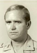 Donald E Grigg