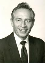 Dr Harry E. Mauk