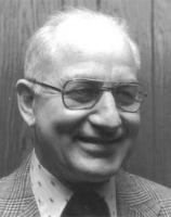 Leonard E Erkfitz