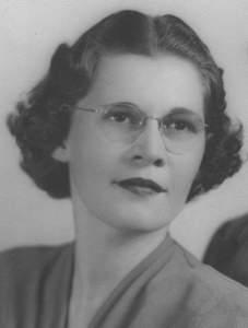 Beatrice Lorraine Bea <i>Amos</i> Bolton