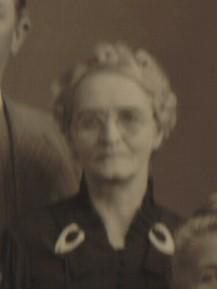 Ellen Mae <i>Hedke</i> Laird