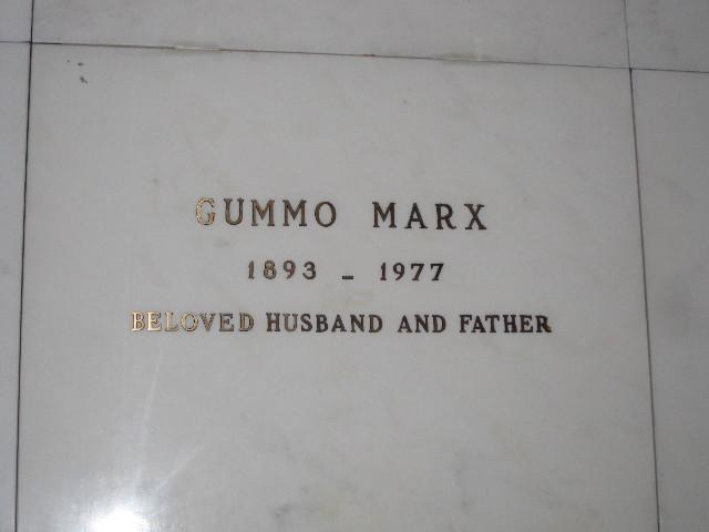 gummo_grave