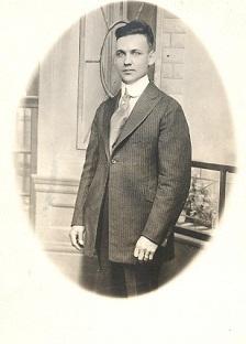 Harry B Ressler