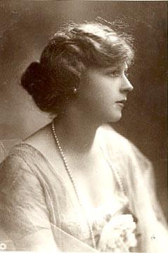Marie Kaye Wouldes Lohr