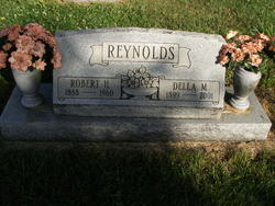 Della Mae <i>Sturm</i> Reynolds
