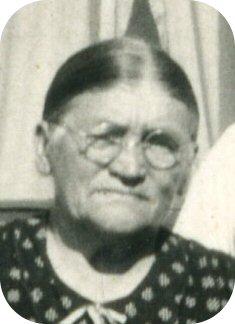 Margretha Maggie <i>Osterkamp</i> Dunker