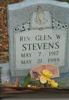 Rev Glen W Stevens