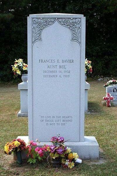 Frances Bavier (1902 - 1989) - ...