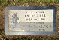 Bertha E. <i>Tipre</i> Skelton