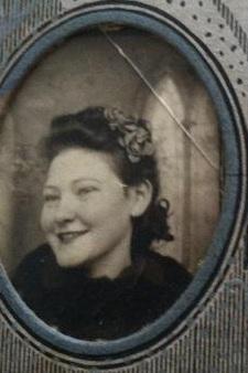 Dottie May <i>Grovenburgh</i> Sare