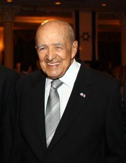 Dr Jorge Enrique Illueca