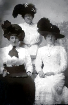 Helene <i>Kraetke</i> Fielder