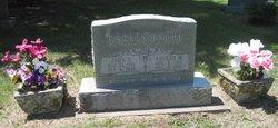 Daisy Mae <i>Graves</i> Estlinbaum