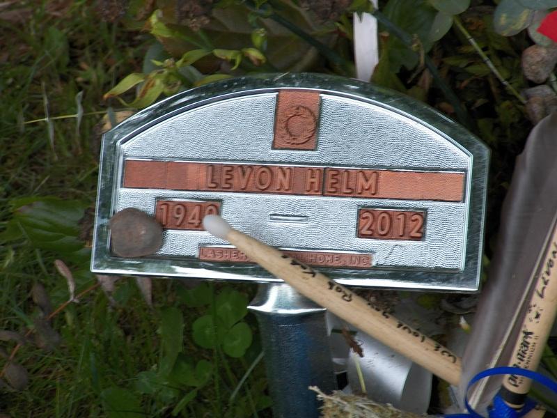 Levon Helm Grave