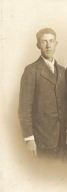 Leonard Earl Chandler