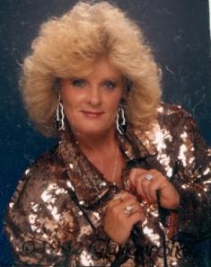Linda Raye <i>Gann</i> Andrews