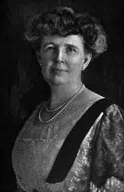 Lillian Elvira <i>Phillips</i> Campbell