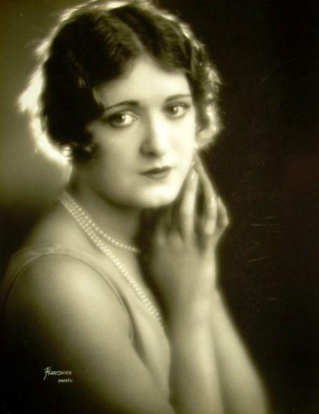 Kathryn McGuire actress