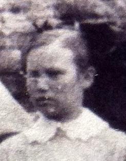 Rebecca Elizabeth Lizzie <i>Hicks</i> Lofton