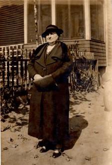 Anna Augusta <i>King</i> Snyder
