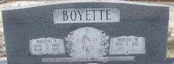 Tholer <i>Miles</i> Boyette