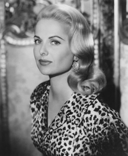 Martha Hyer actress
