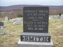 Ellen Savilla <i>Fox</i> Smith