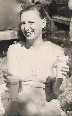 Doris Bertha Dot <i>Rozell</i> Allard