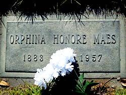 Orphina Lois <i>Fouquet Bourlard Honore Glineur Mingori</i> Maes
