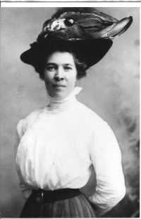 Anna Lenore <i>Stoddard</i> Bullen