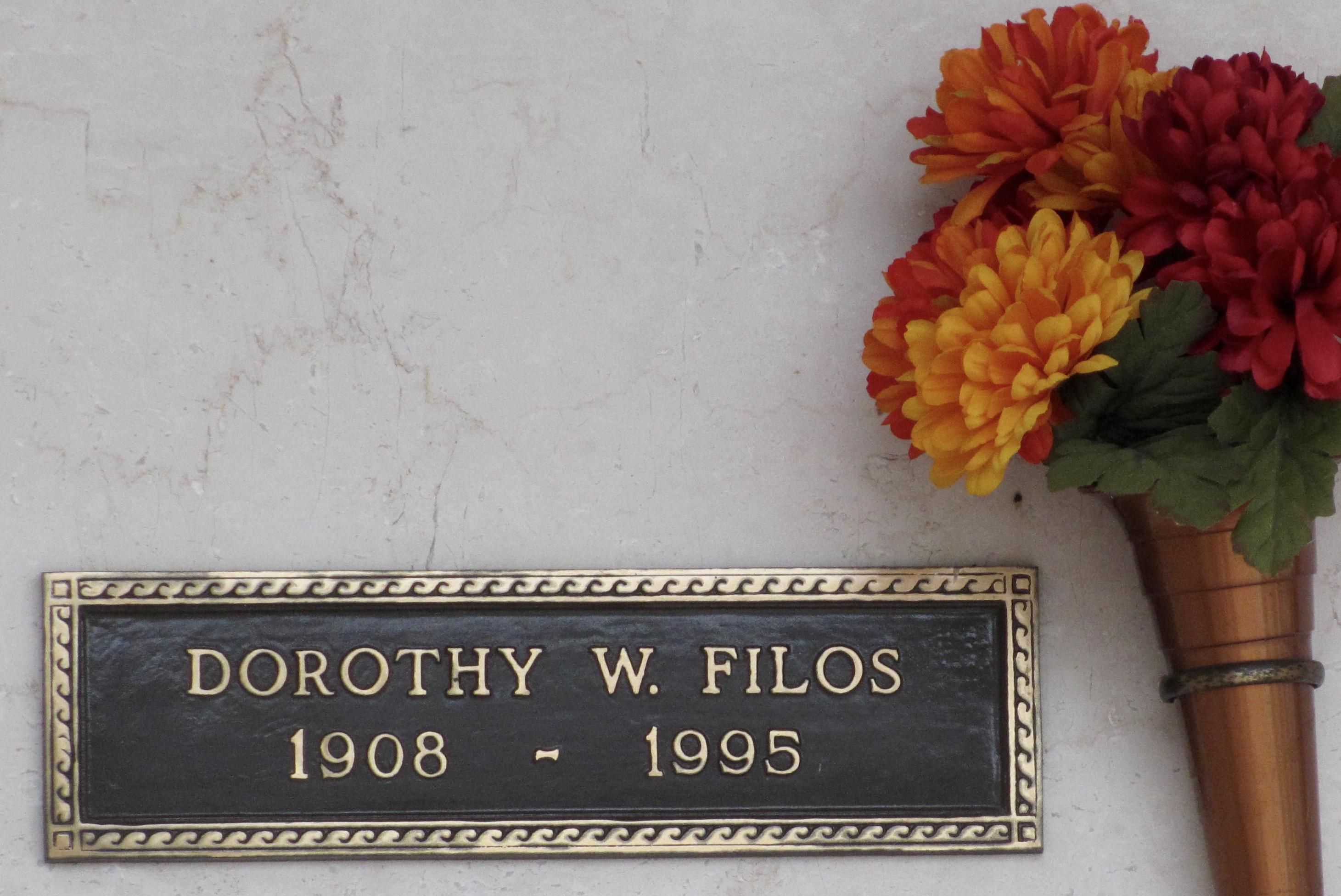 Dorothy <i>Walter</i> Filos