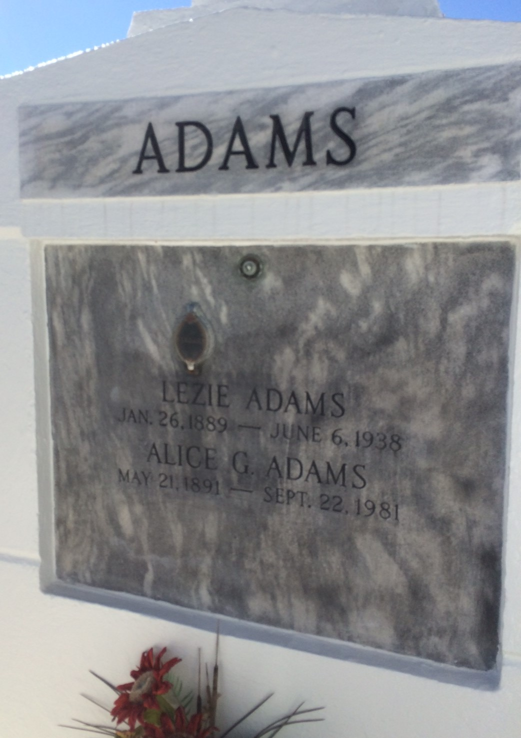 Olesie Louis Lezie Adams