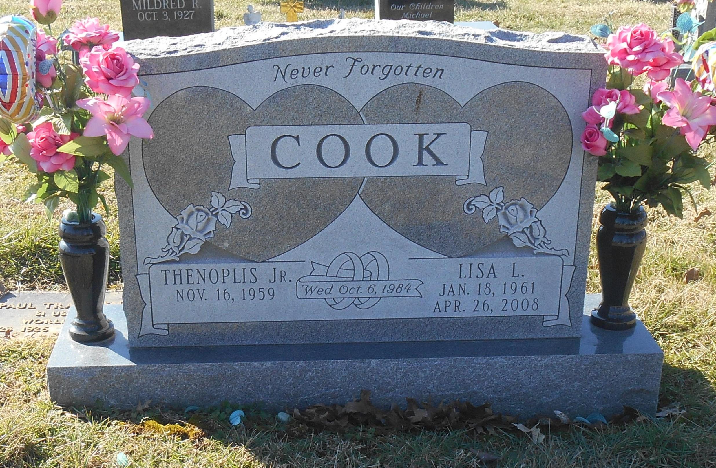 Lisa Luann <i>Smith</i> Cook