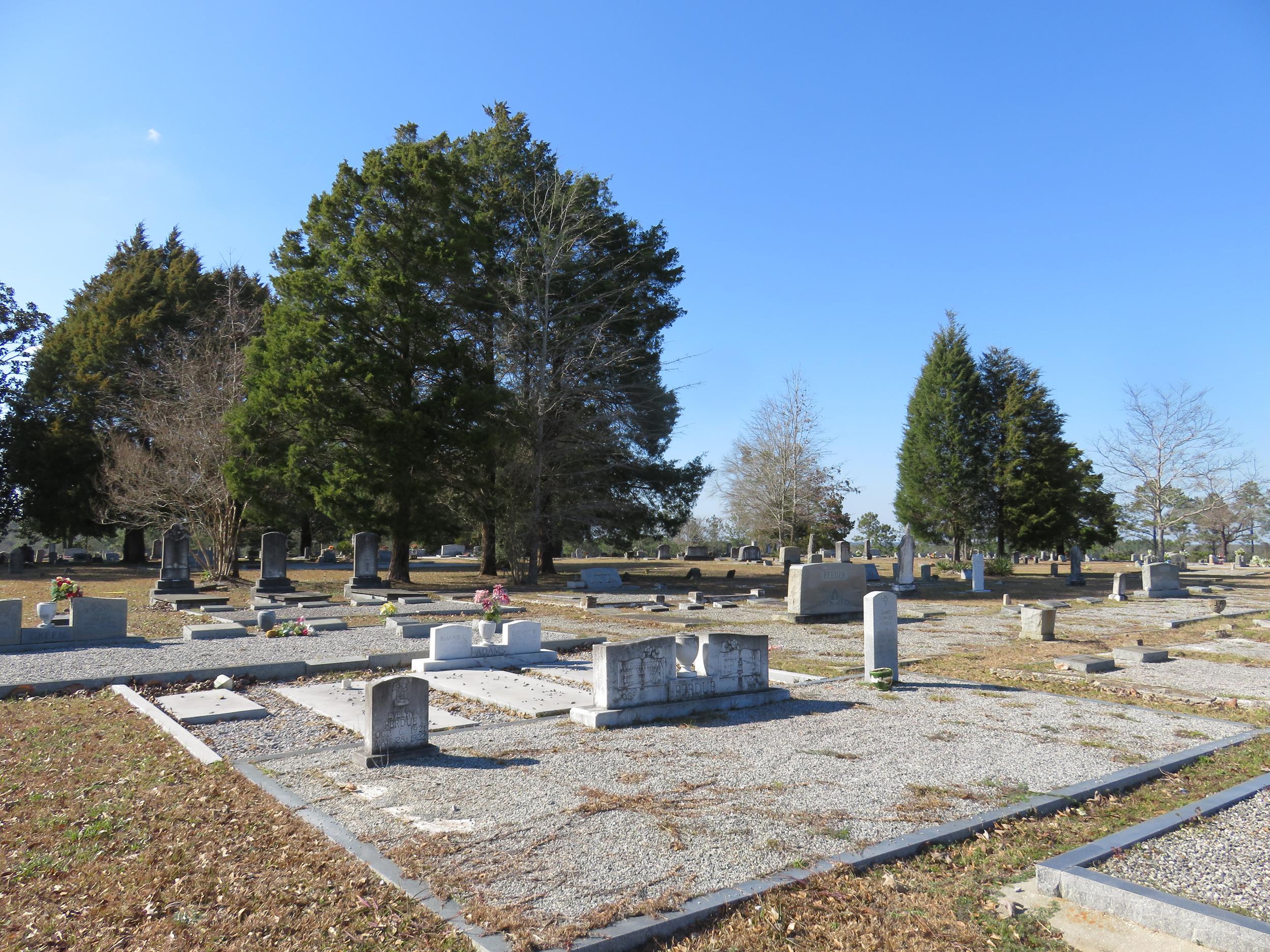 Almarante Cemetery