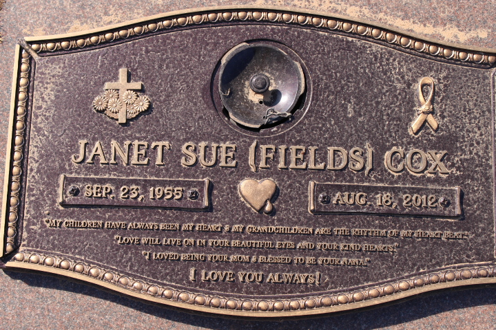 Janet Sue <i>Fields</i> Cox