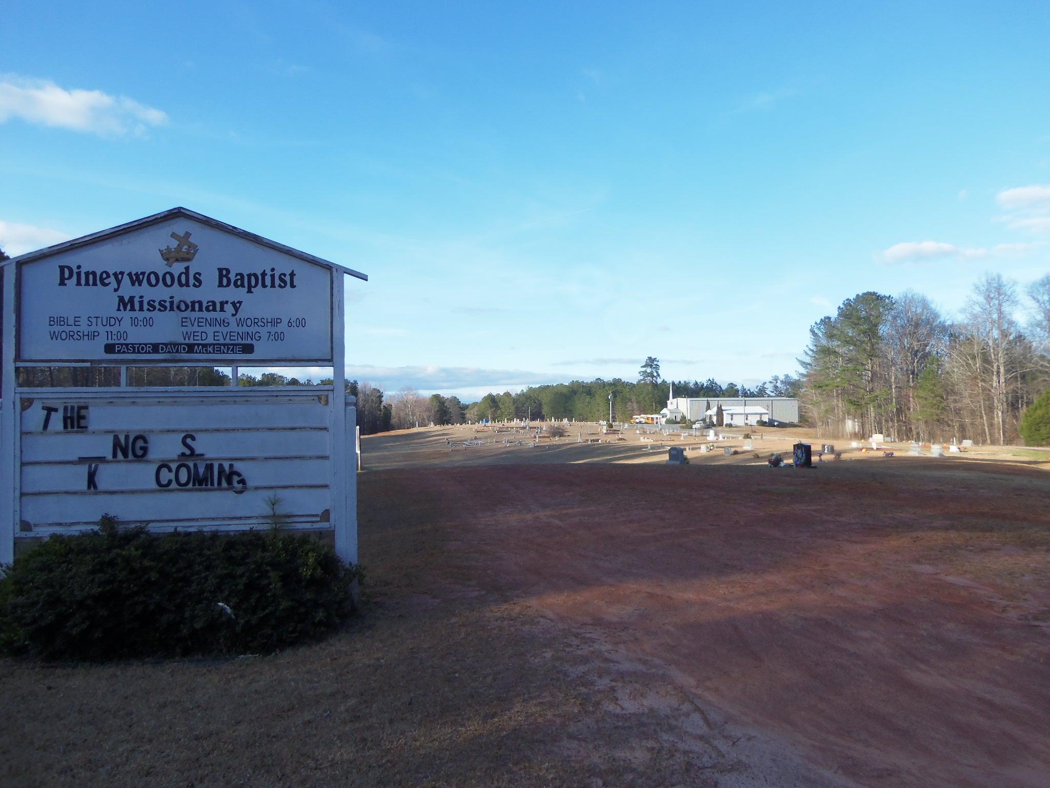 Piney Woods Community Cemetery