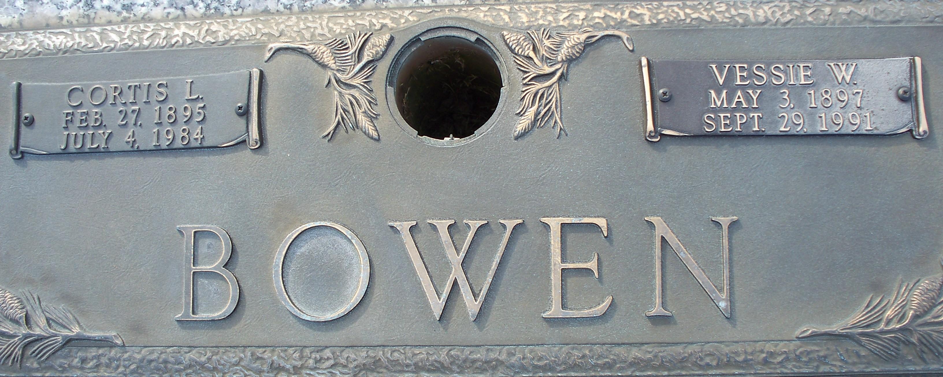 Vessie Lou Raney <i>Webb</i> Bowen