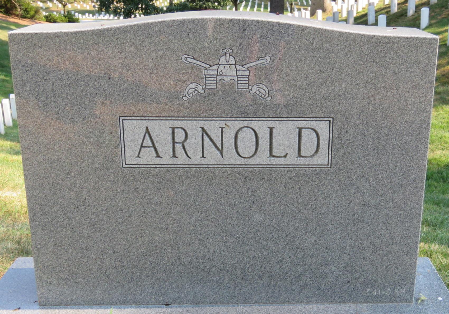 F Alyse Tweet Arnold