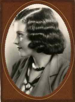 Kay Lavinia <i>Brogan</i> Makepeace